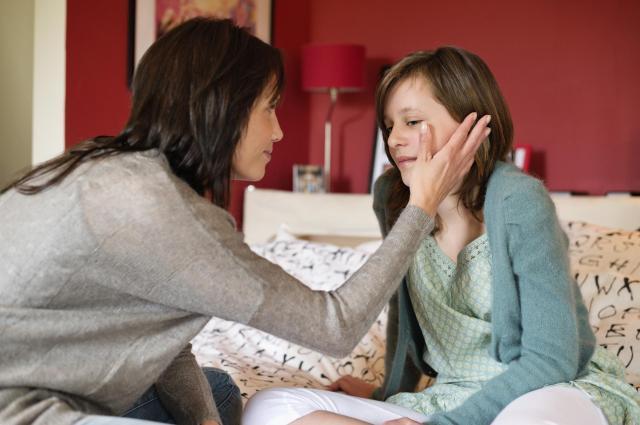 le-desarroi-dun-parent-quand-son-enfant-souffre-dun-chagrin-damourjpg